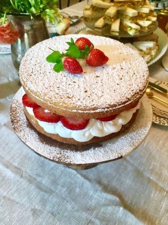 Victoria Cake with Rhubarb Jam